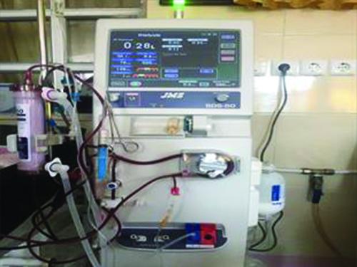 اهداء 600 میلیون ریال تجهیزات جدید به بخش دیالیز بیمارستان امام خمینی(ره) مهاباد