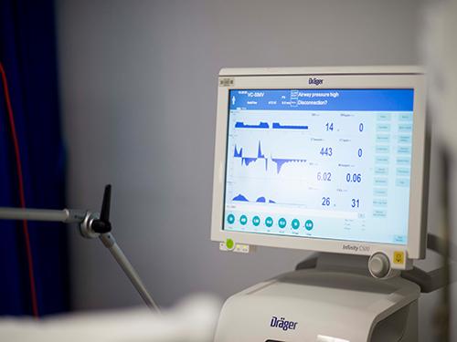 دستگاه ونتیلاتور برای بیمارستان امام خمینی (ره)
